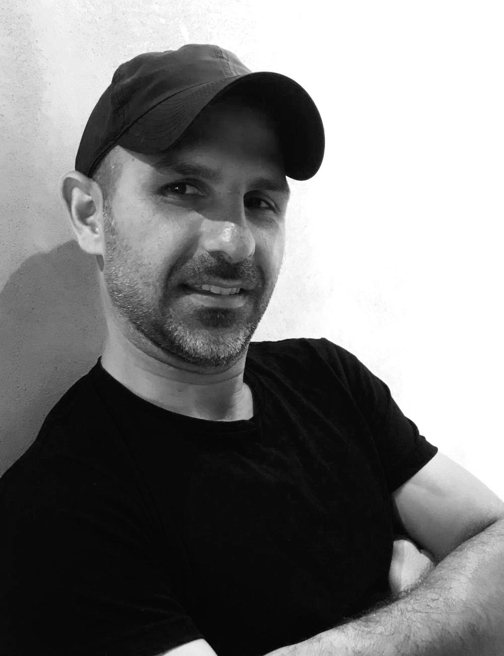 Benny Moshe - Abstract art artist, Modern artist, Contemporary artist