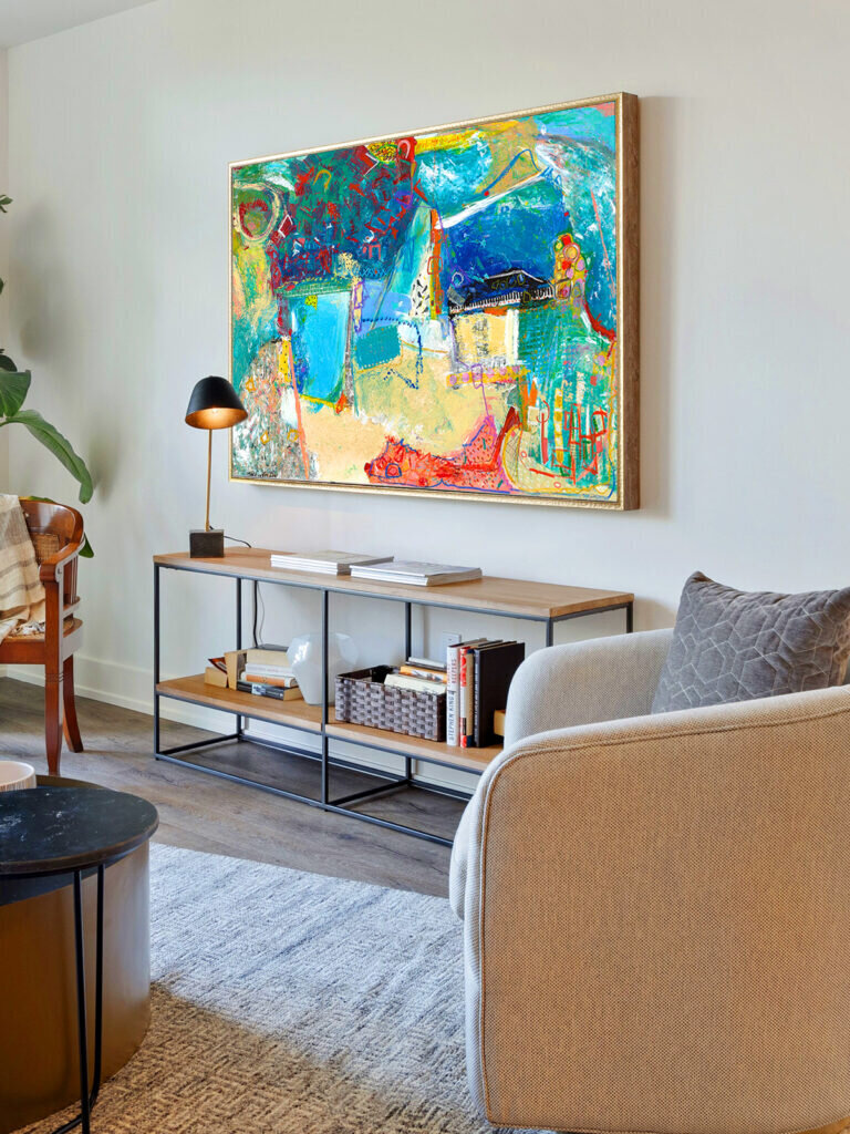 Home decor inspiration - Abstract art that will spice up your decor
